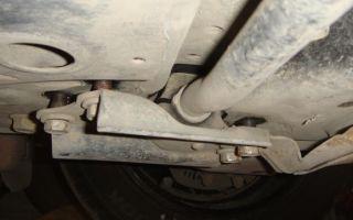 Стойки и втулки стабилизатора на тойота королла 150: замена