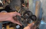 Стойки амортизатора на рено логан: выбор и замена