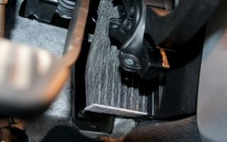 Салонный фильтр на Форд Мондео 3: где находится и как заменить
