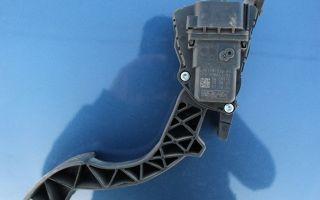 Салонный фильтр на Форд Фокус 2: где находится и как заменить