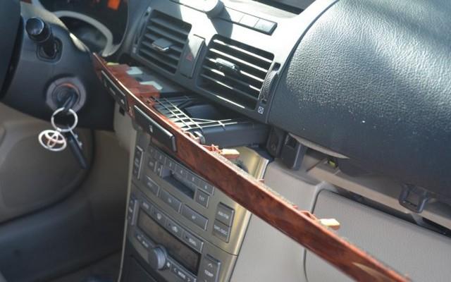 aux и usb на Хонда Аккорд 7: как подключить