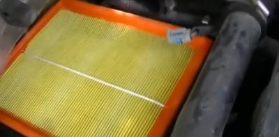 Воздушный фильтр ДЭУ Нексия: где находится, замена