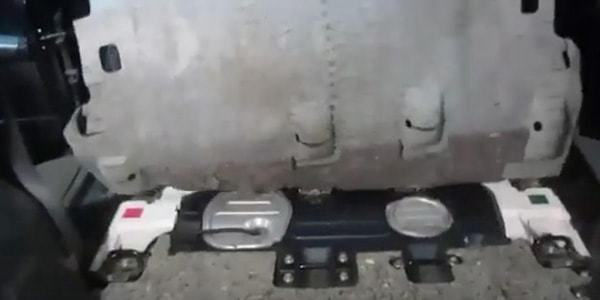Топливный фильтр Митсубиси asx: где находится, замена