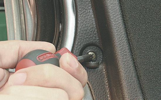 Стеклоподъемник, дверь Митсубиси Лансер 9: как снять обшивку, ремонт