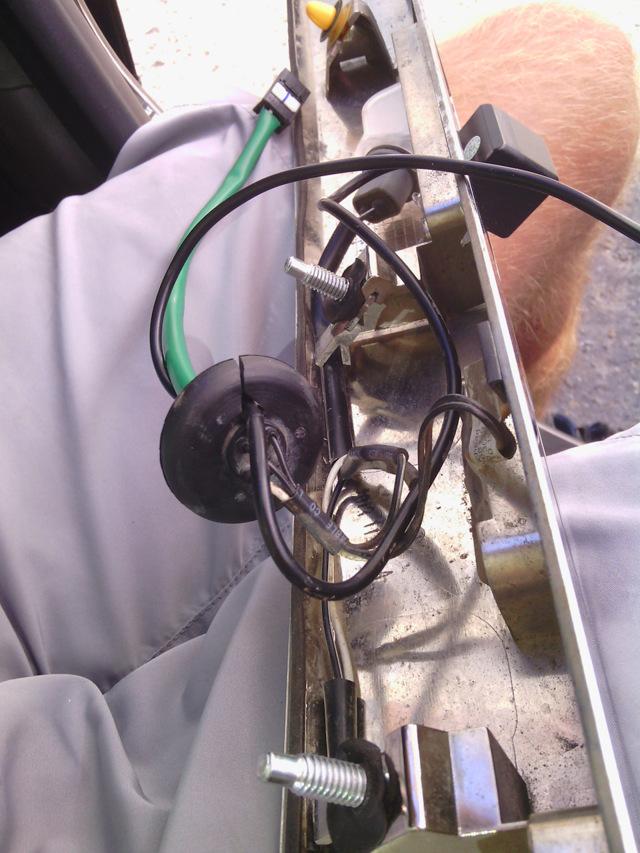Камера на Шевроле Круз: установка и подключение