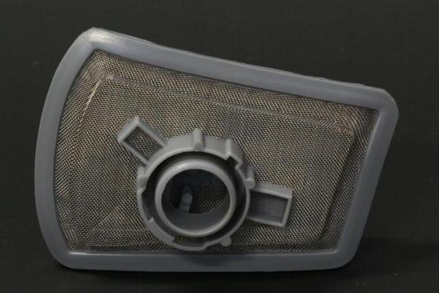 Топливный фильтр ВАЗ 2114: где находится, замена