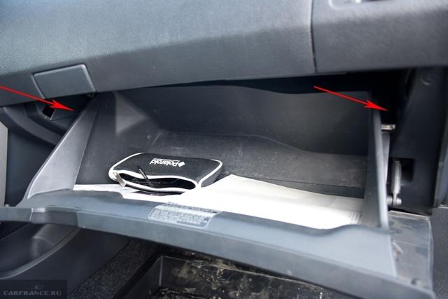 Салонный фильтр на Тойота Королла 120: замена