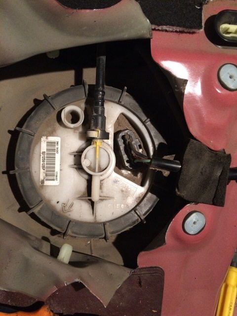 Топливный фильтр Мазда 3: где находится, замена