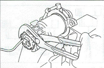 Топливный фильтр Тойота Прадо: где находится, замена