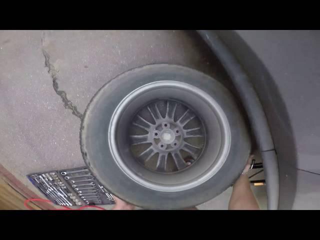 Тормозные колодки на Мазда СХ 7: выбор и замена
