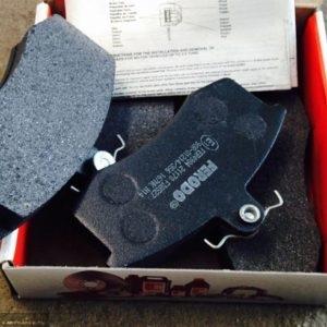 Тормозные колодки на ВАЗ 2112: выбор и замена