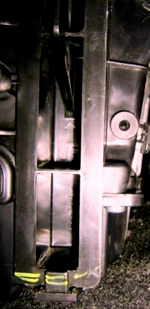 Салонный фильтр Ниссан Тиида: где находится, замена