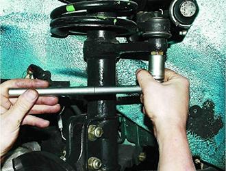 Рулевые наконечники на Шевроле Круз: замена