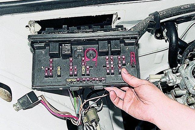 Предохранители ВАЗ-2105: где находятся, замена