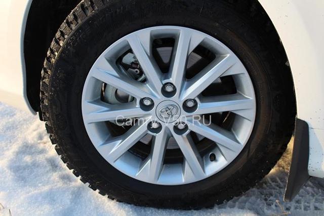 Резина на Тойота Камри 40: размер шин, давление