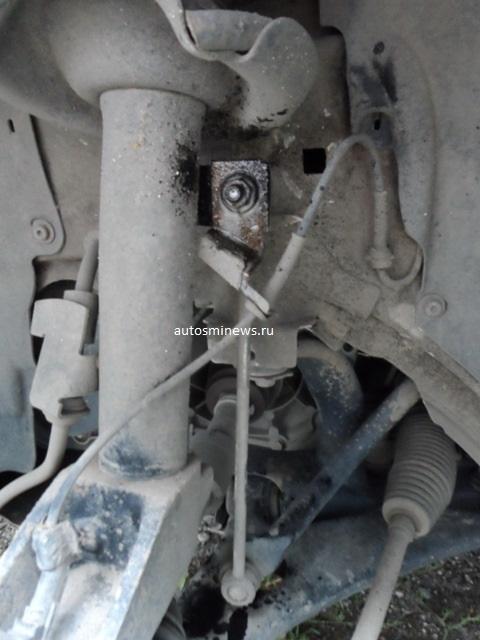 Стойки стабилизатора на Форд Фокус 1: выбор и замена