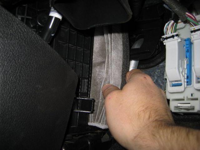 Салонный фильтр Форд Фокус 3: где находится, замена