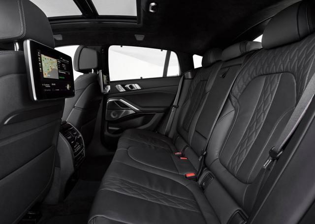 Комплектации БМВ x6: технические характеристики