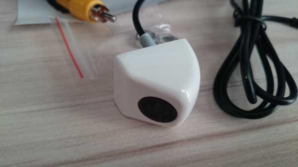 Камера заднего вида Фольксваген Поло: установка