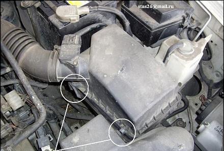 Воздушный фильтр на Мазда 6: где находится, замена