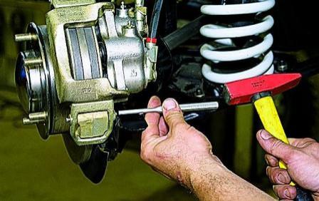 Тормозные колодки на ВАЗ 21214: выбор и замена
