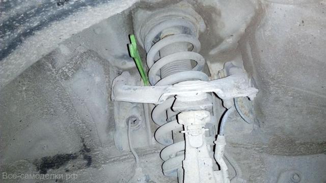 Шаровая на Хонда Аккорд 7: замена верхних и нижних опор