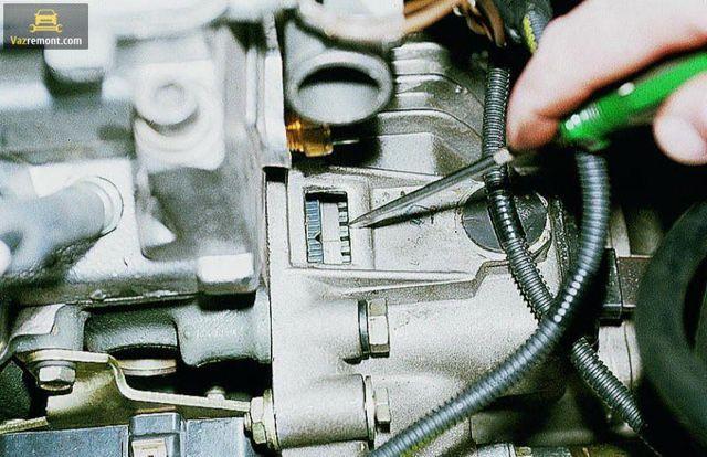 Ремень ГРМ на ВАЗ 2115: замена своимии руками