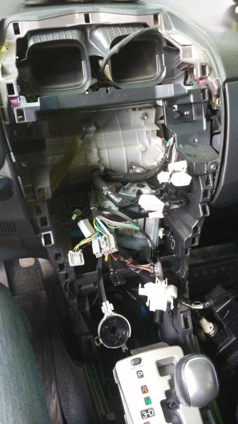 Противотуманные фары на Тойота Королла 120: замена