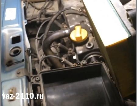 Воздушный фильтр ВАЗ 2112: где находится, замена