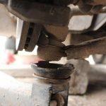 Стойки стабилизатора на Форд Фьюжн: выбор и замена