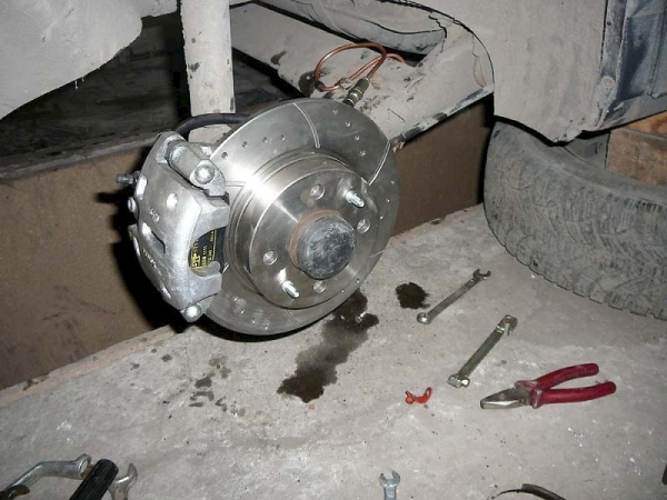 Тормозные диски на ВАЗ 2109: выбор и замена