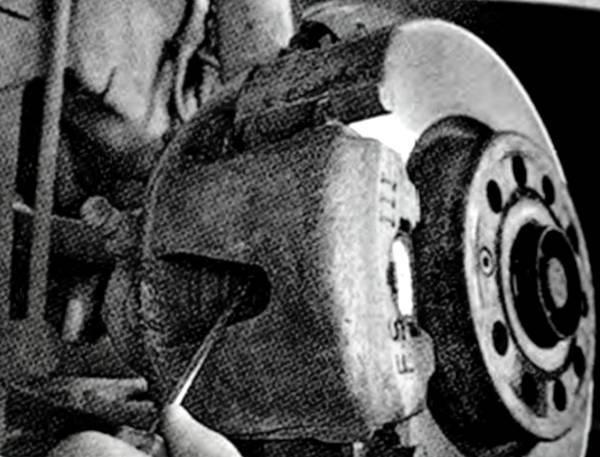 Тормозная жидкость на Шкода Октавия А5: выбор и замена