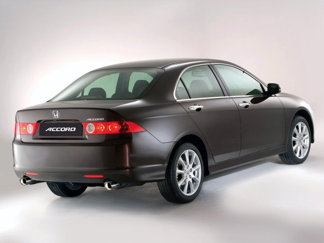 Хонда Аккорд 7 рестайлинг: отличия
