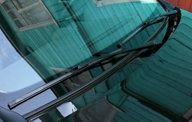 Щетки стеклоочистителя: как снять и заменить самостоятельно