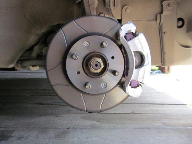 Проточка тормозных дисков без снятия своими руками