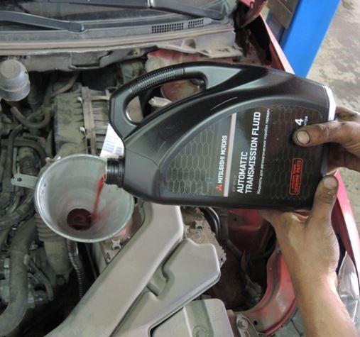 Замена масла в АКПП и МКПП Митсубиси Лансер 9: как проверить масло