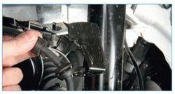 Стойка амортизатора на Форд Фокус 2: выбор и замена