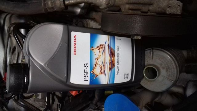 Жидкость ГУР на Хонда Аккорд 7: замена