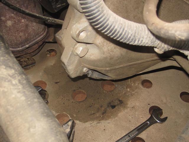 Подушки двигателя на Шевроле Круз: замена