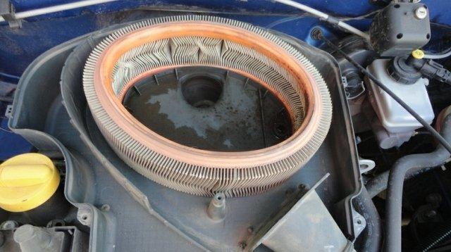 Воздушный фильтр Рено Логан: где находится, замена