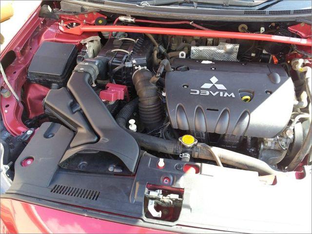 Замена двигателя на Митсубиси Лансер 10: причины и процесс