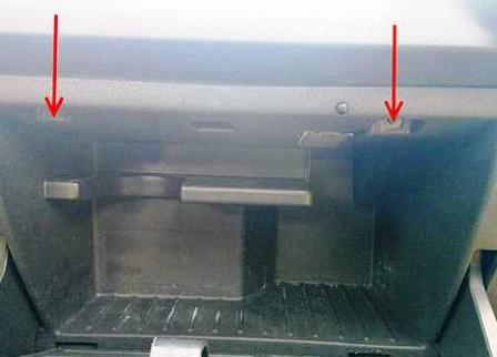 Салонный фильтр на Опель Корса Д: где находится, замена
