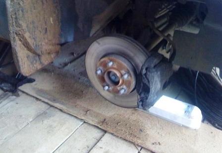 Тормозные диски на Форд Фокус: выбор и замена