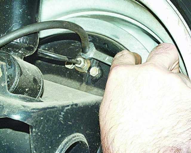Тормозная жидкость на ВАЗ 2110: выбор, замена