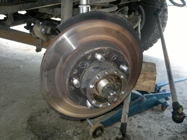 Тормозные диски на УАЗ Патриот: выбор и замена