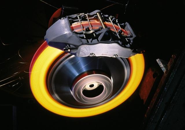 Тормозные диски на Опель Астра: выбор и замена