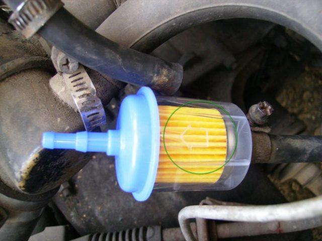 Топливный фильтр на ВАЗ 2115: где находится, замена