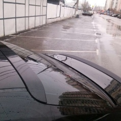 Спойлер на Тойота Камри 40: установка своими руками