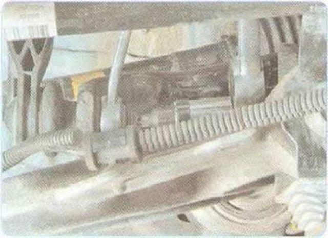 Стойки стабилизотора на Шевроле Круз 1.6 и 1.8: замена