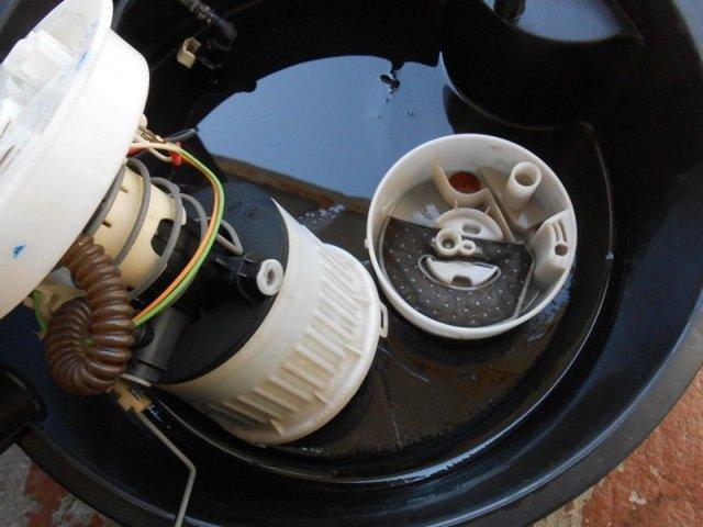 Топливный фильтр Форд Фокус 1: где находится, замена